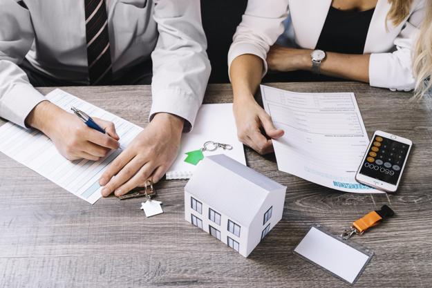 Devriez-vous engager un avocat spécialisé en immobilier lors de la conclusion d'un contrat immobilier ?