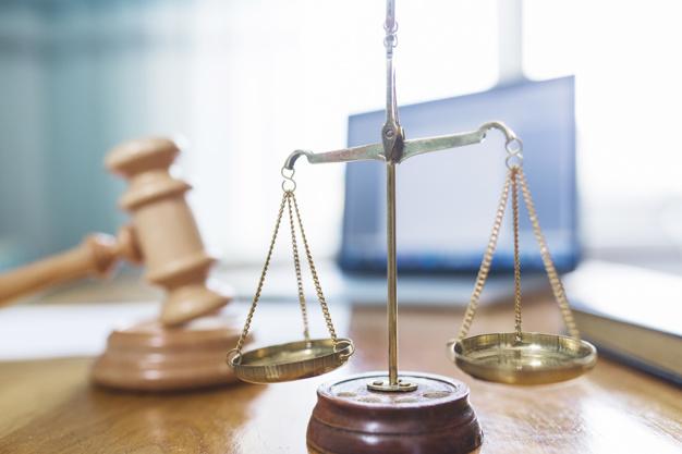 Bien choisir son avocat en droit pénal